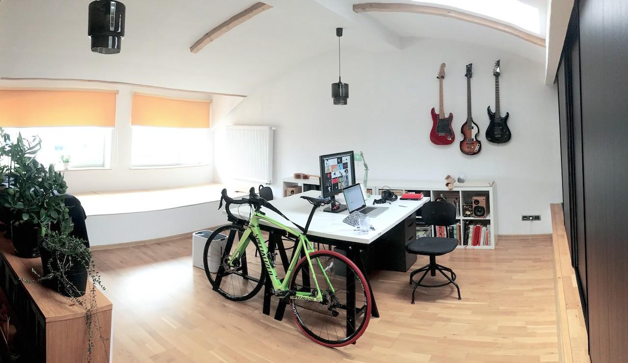 DVEM - studio interior